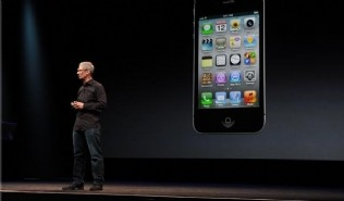 Apple lanz� su esperado iPhone 5